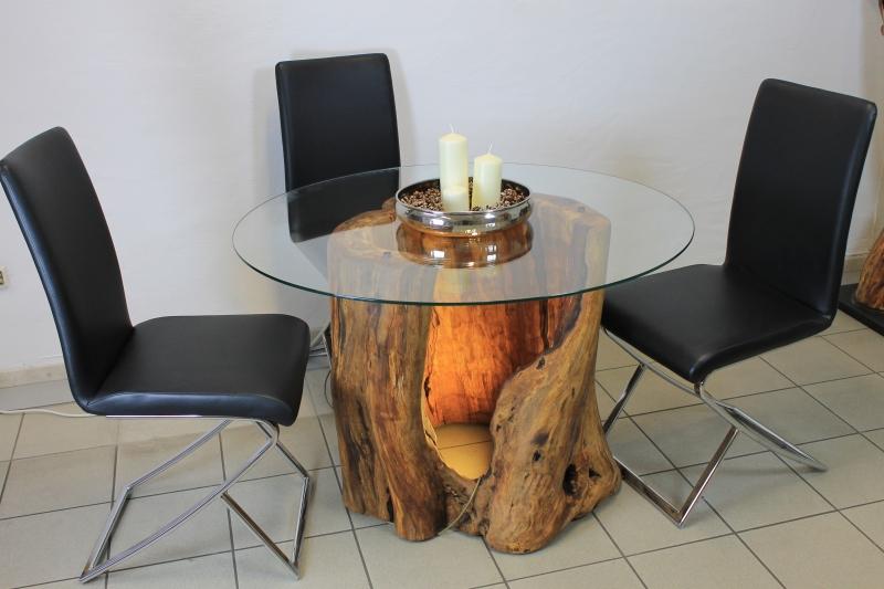 birnbaum-kunst-tisch-motorsaegenschnitzerei