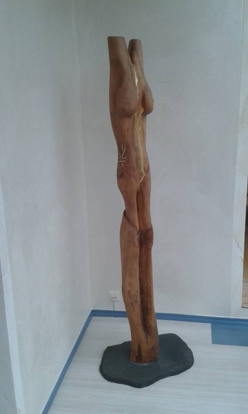 holz-skulptur-motorsaegenschnitzerei