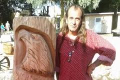 itf-adler-skulptur-motorsaegenkunst