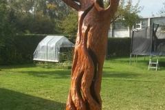 skulptur-baumstamm_02